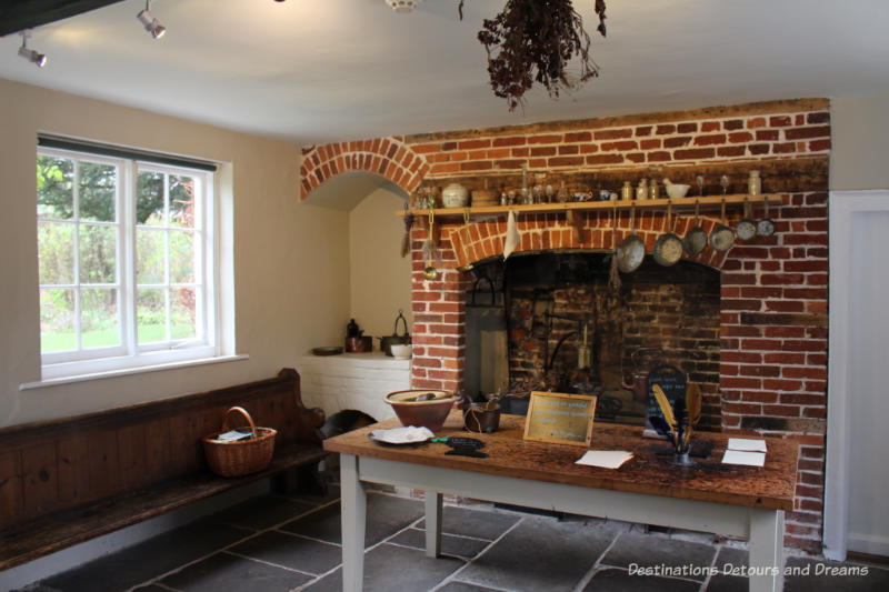 Kitchen and Jane Austen's House Museum in Chawton