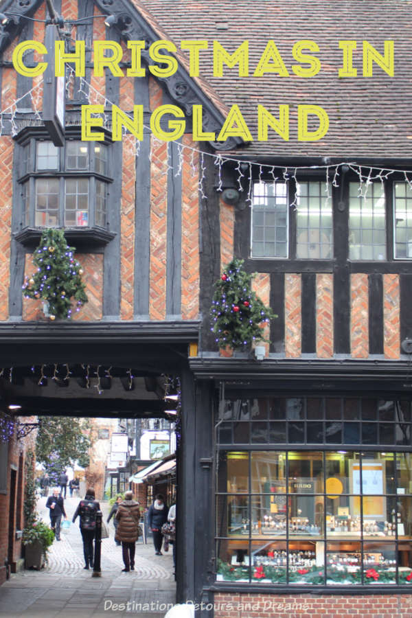 Christmas in England - experiencing English Christmas traditions: lights, carols, mulled wine, pantomime, markets and more. #England #Christmas #traditions