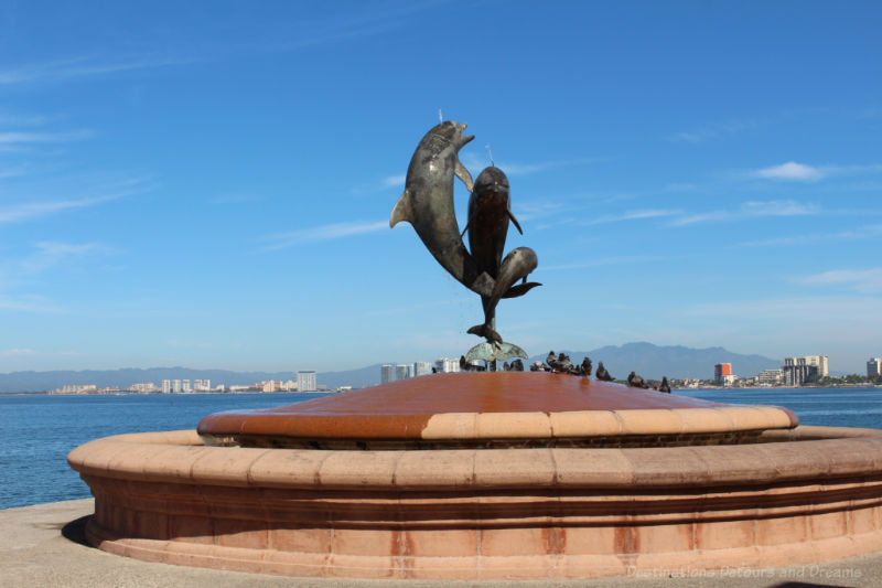 Practical Puerto Vallarta Tips: Malecon sculpture