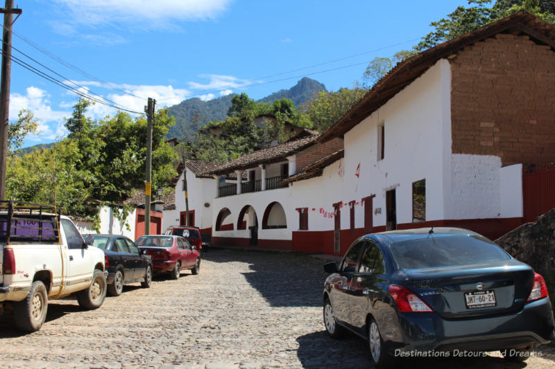 Curved street in Sebastián del Oeste, Mexico
