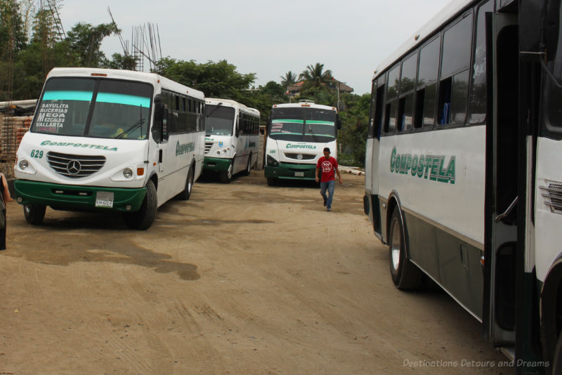 Sayulita bus lot