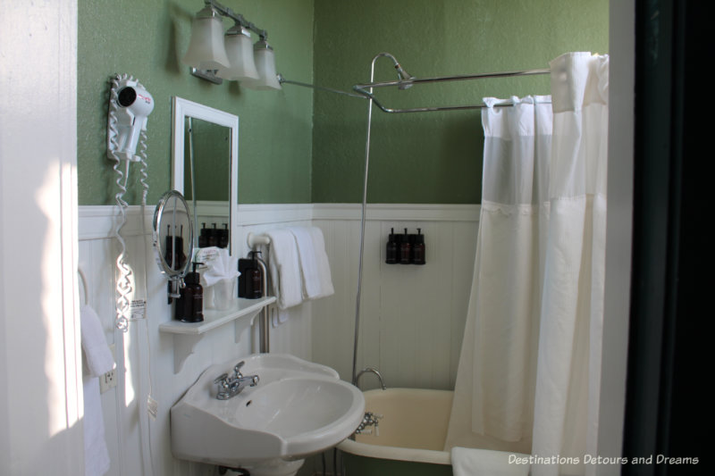 Vintage-looking bathroom at Crescent Hotel