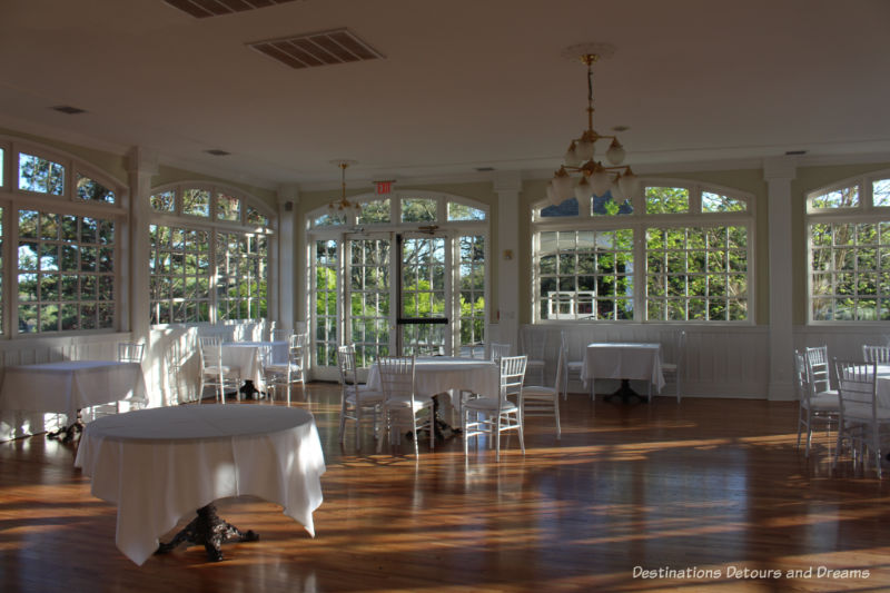 Cheerful white conservatory room at Crescent Hotel & Spa
