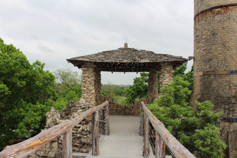Viewing spot at San Antonio Japanese Tea Garden