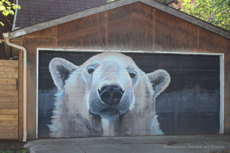 Winnipeg Arctic Gallery - painting of a polar bear on a garage door