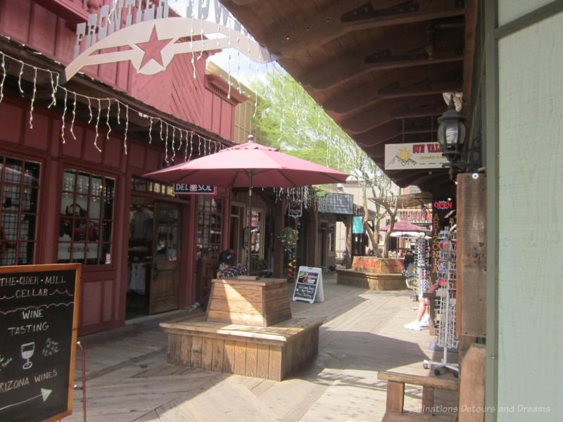 Shopping alley in Scottsdale