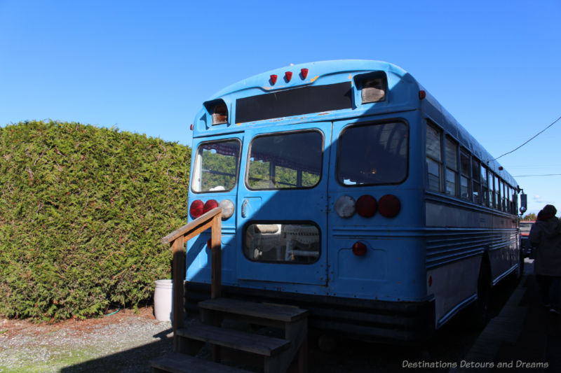 Blue bus at the Roost
