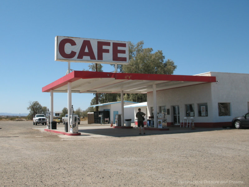 Cafe and gas station along Route 66 in California