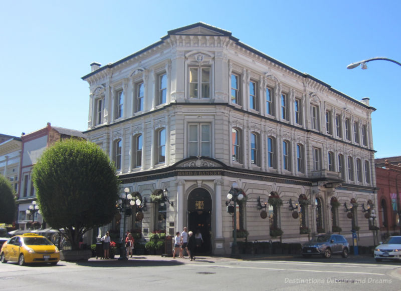 Former 1855 three-story bank building now houses a pub