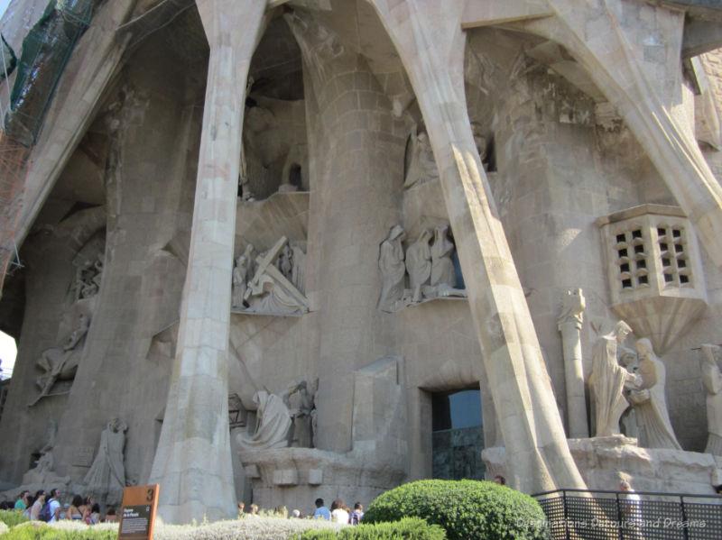 La Sagrada Família Passion Facade