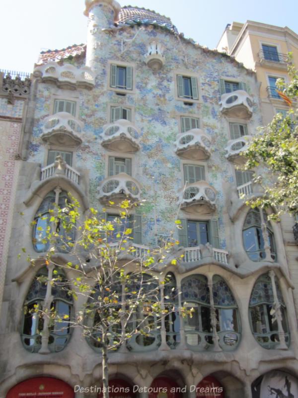 The front of Casa Batlló