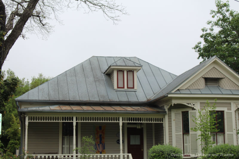 Standing seam metal roof on a heritage home