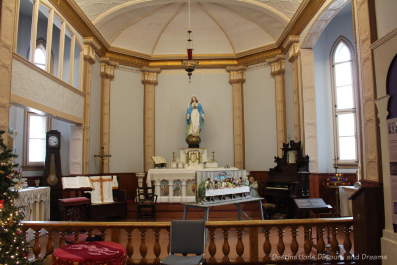 Altar with statue of Jesus at the Saint Boniface Museum