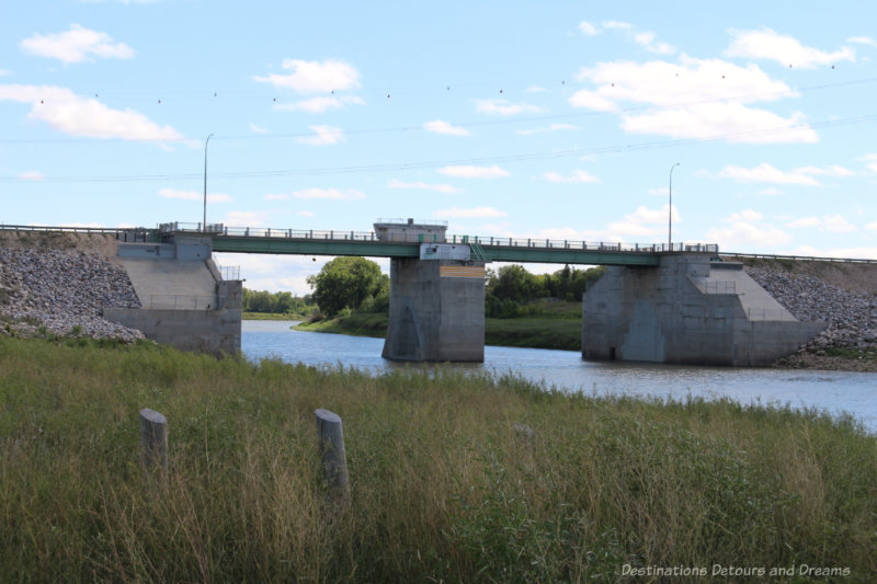 Bridge over the Red River where the gates of the Floodway are located