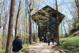 Thorncrown Chapel: Glass Church in the Arkansas Woods